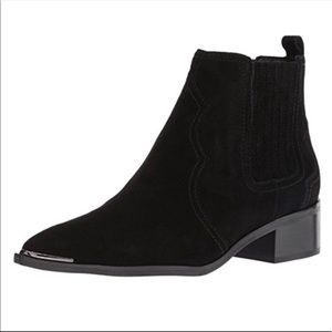 NEW Marc Fisher Yohani suede black bootie 7